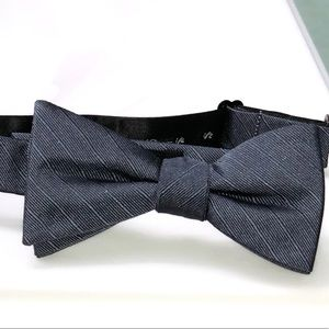 JF bow tie